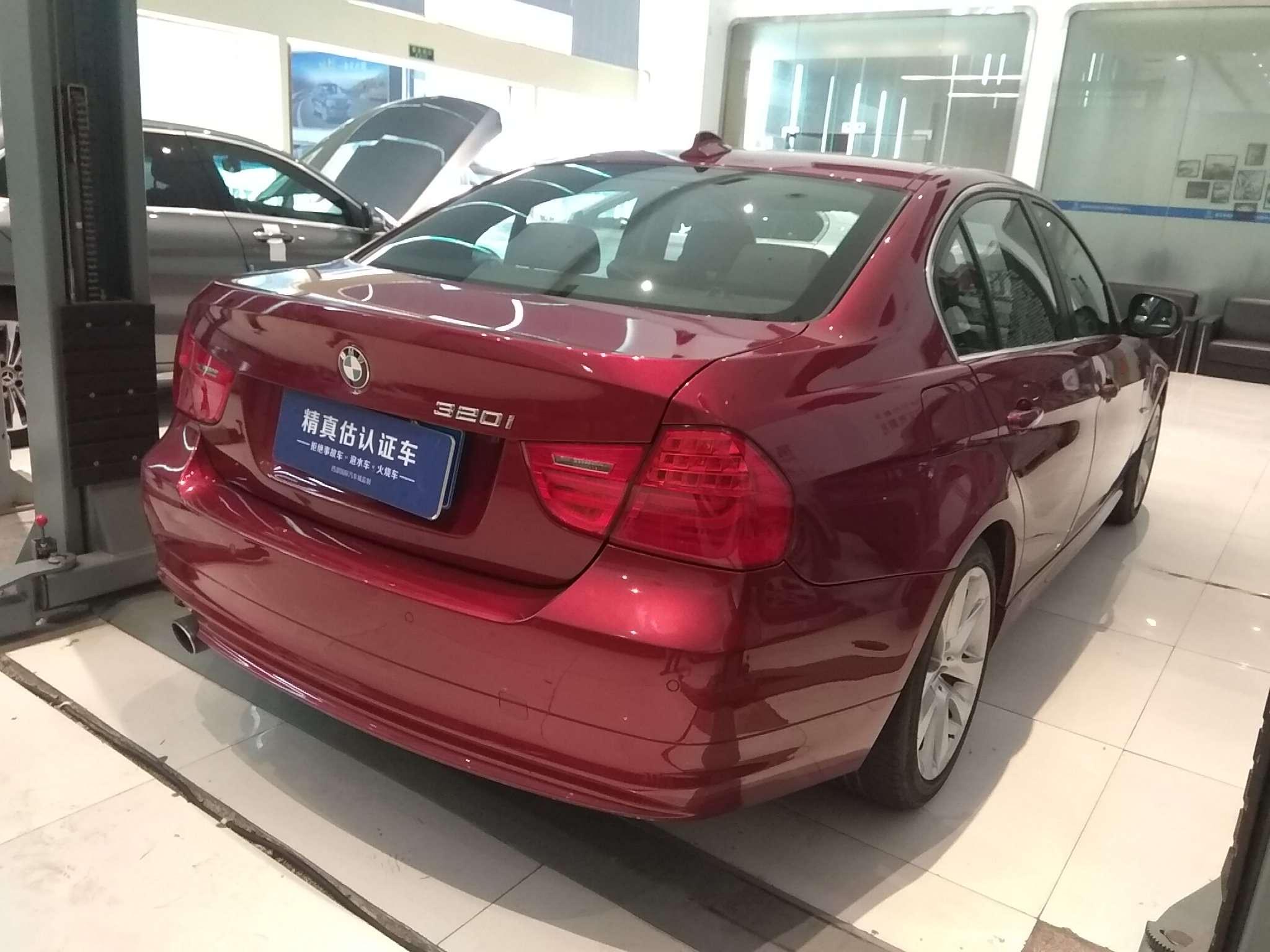 精真估提供二手车宝马3系(进口) 2010款 2.0L 自动 320i豪华型