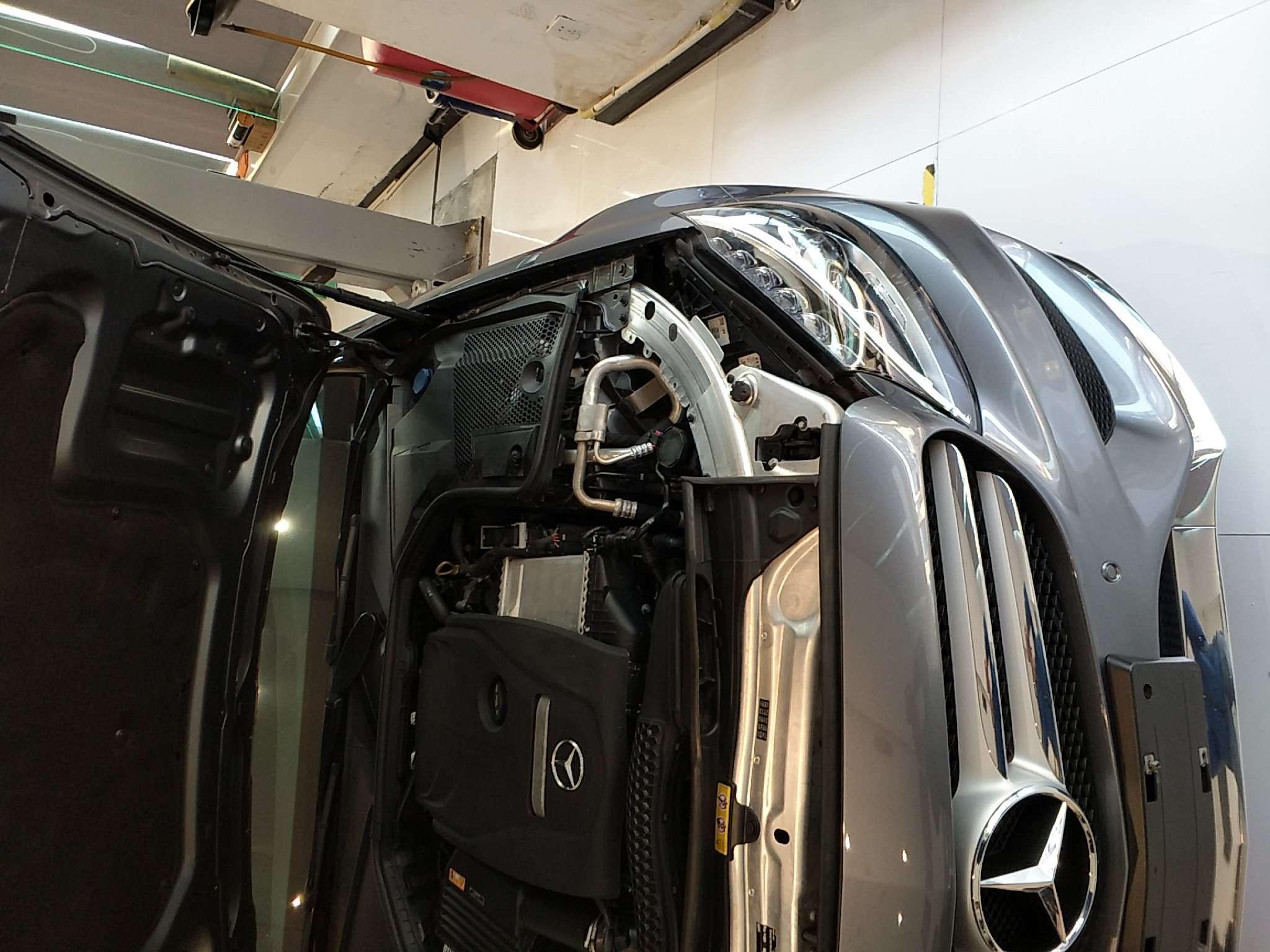 精真估提供二手车奔驰C级 2017款 2.0T 自动 改款 C200L 运动型