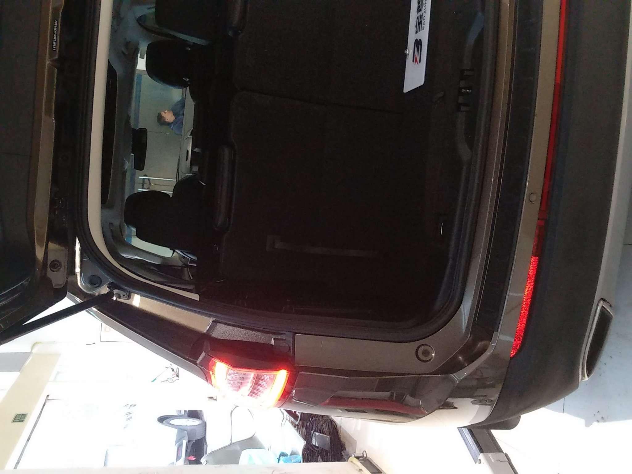 精真估提供二手车福特 锐界 2018款 2.0T 自动 EcoBoost245 两驱铂锐型 7座 国V