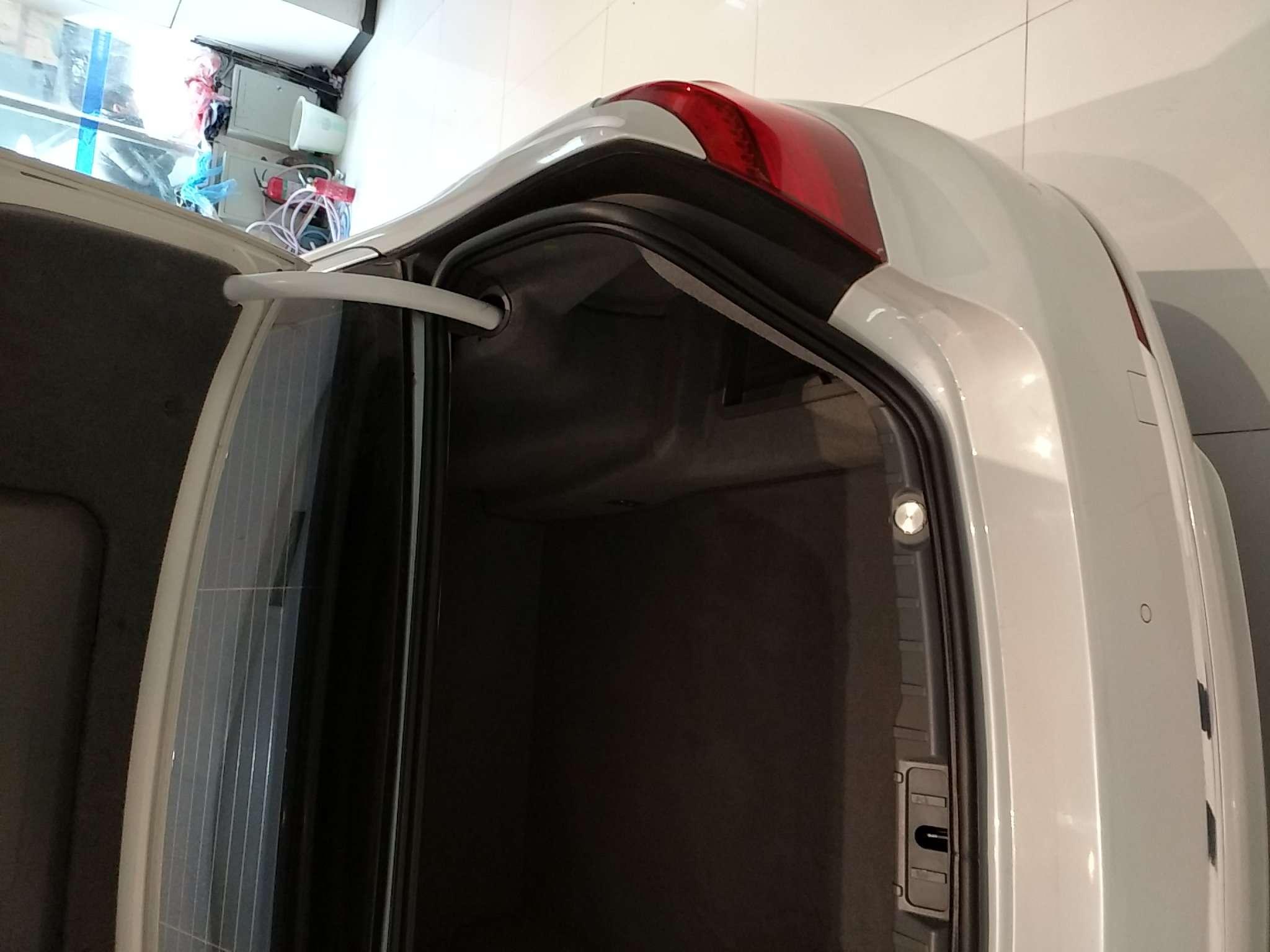 精真估提供二手车宝马7系 2014款 3.0L 自动 730Li臻享型