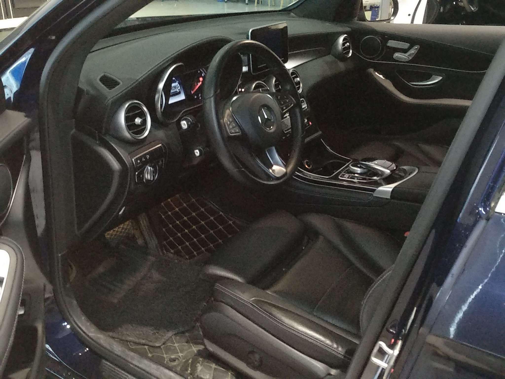 精真估提供二手车奔驰GLC 2018款 2.0T 自动 GLC 260 4MATIC 豪华版