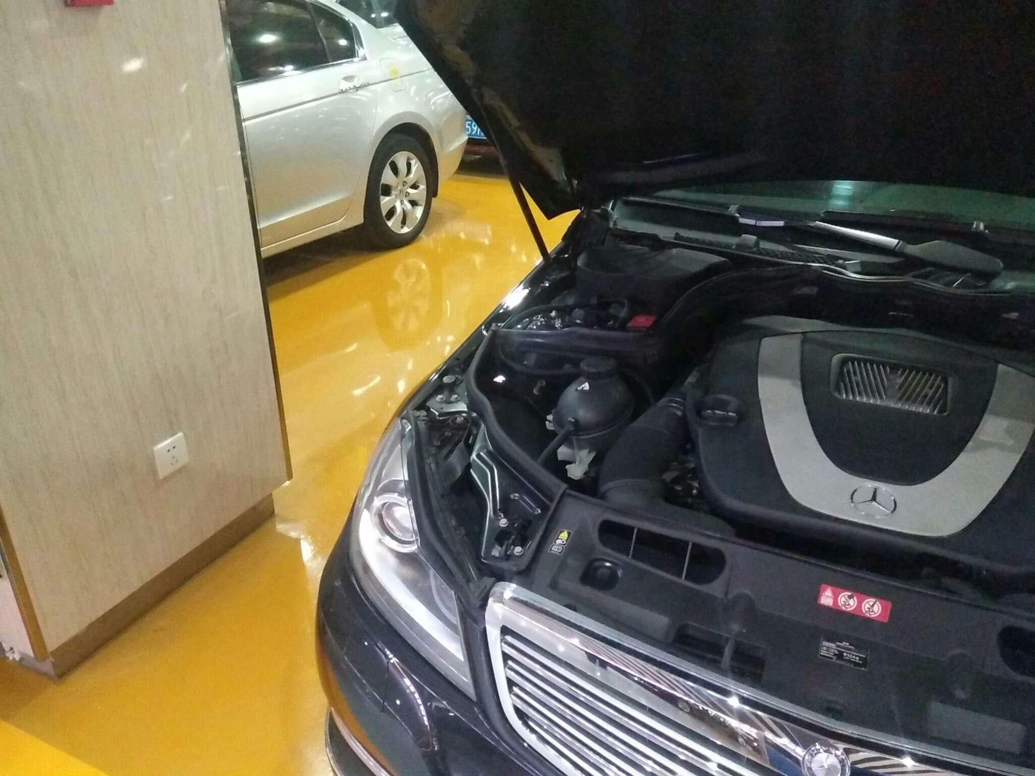 精真估提供二手车奔驰 C级 2011款 3.0L 自动 C300时尚型