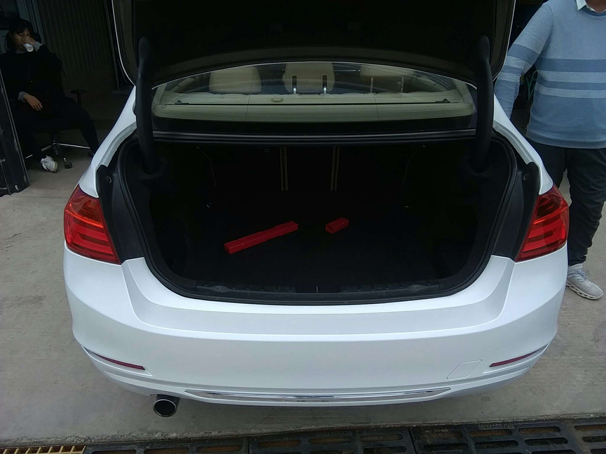 精真估提供二手车宝马 3系 2013款 2.0T 自动 320Li时尚型