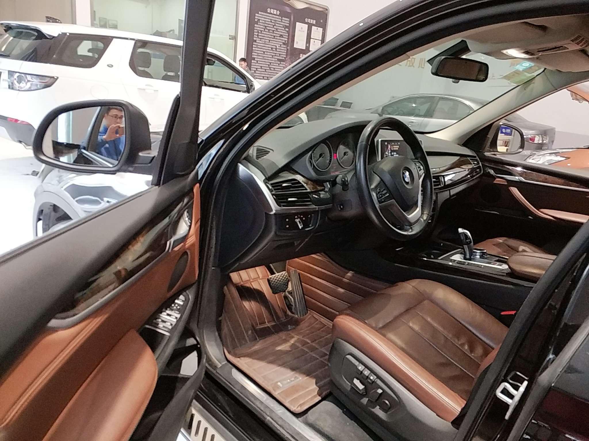 精真估提供二手车宝马X5 2014款 3.0T 自动 xDrive35i典雅型