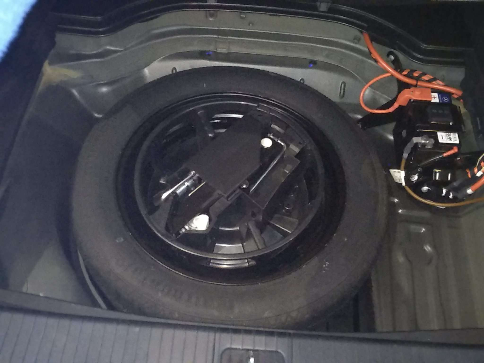 精真估提供二手车奔驰E级 2015款 2.0T 自动 E260L运动时尚型(改款)